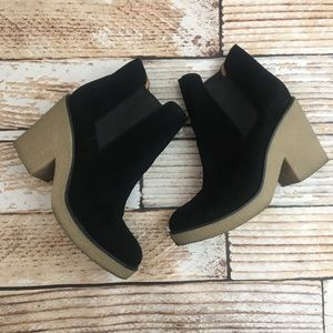Genuine suede leather size 10 Chelsea booties
